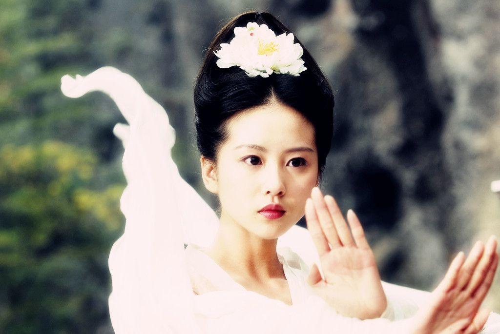 那些演过狐狸的女明星,热巴可爱,刘亦菲呆萌,最后这位倾国倾城