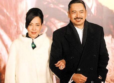周润�zyja_周润结婚30年却膝下无子,妻子陈荟莲说出了真相